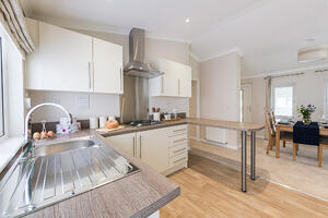 Omar-Newmarket-Kitchen-1 (1)